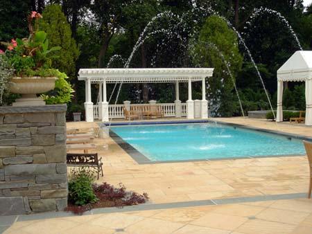 kolam renang pribadi