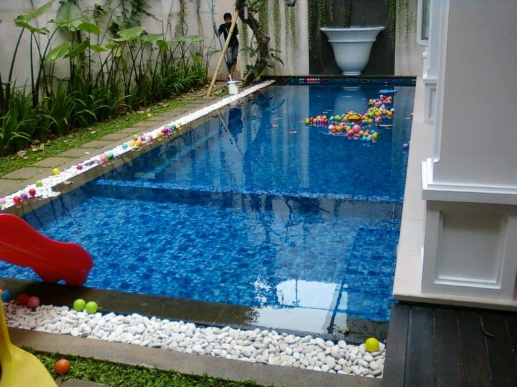 kolam renang cantik