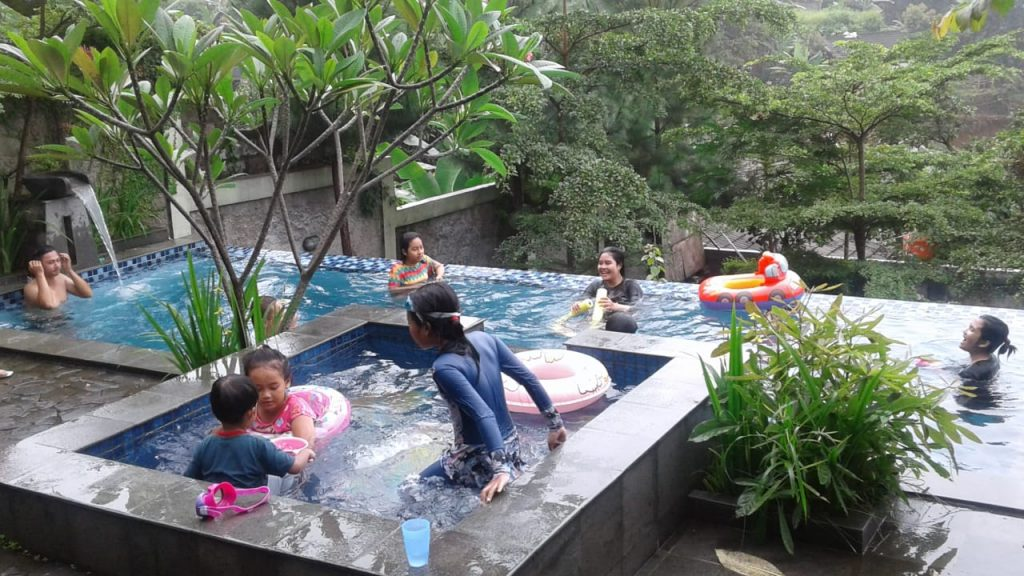 perawatan kolam renang jakarta