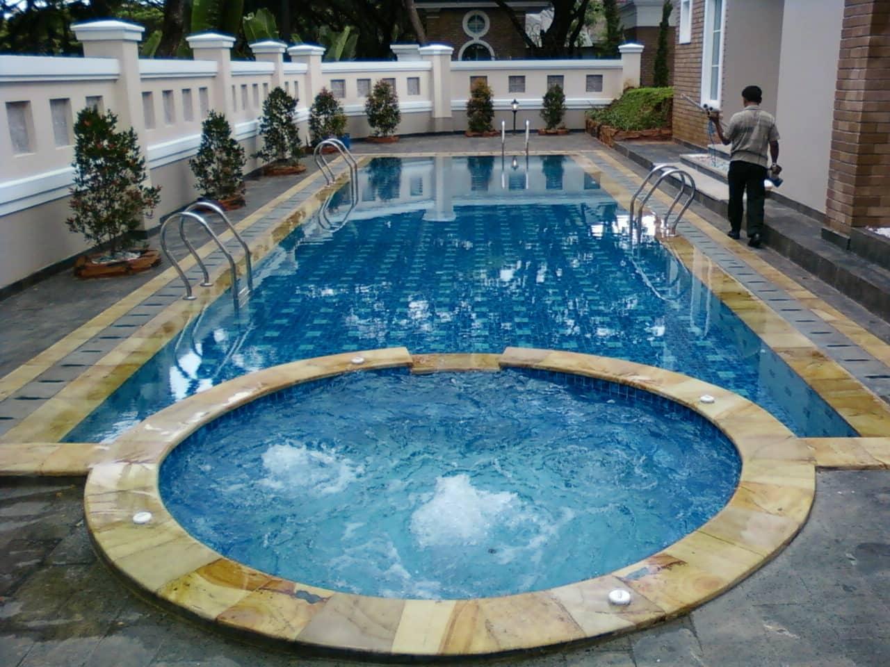 kolam renang jacuzzi arus