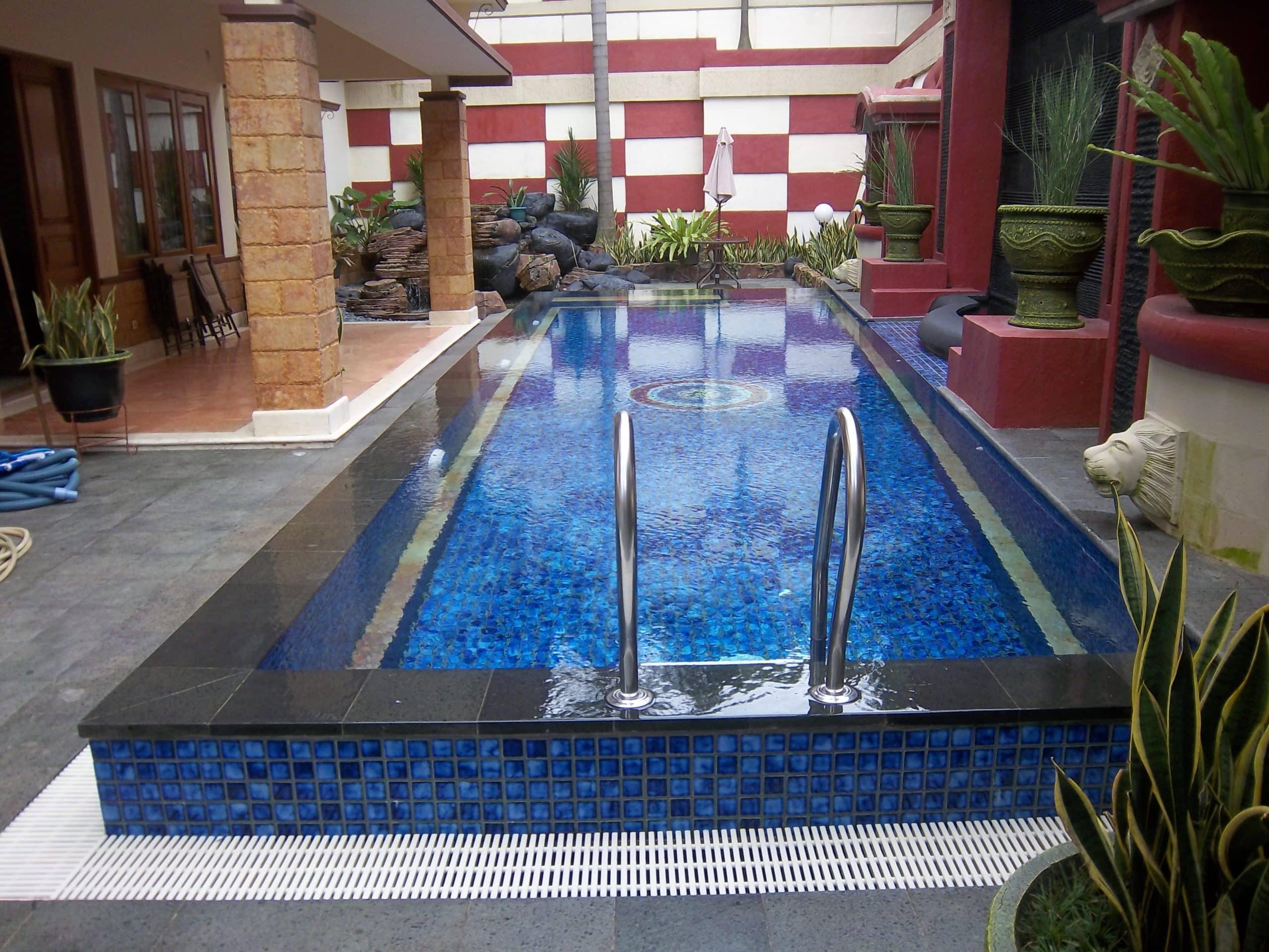 kolam renang bak overflow