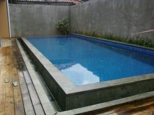 kolam renang overflow kecil