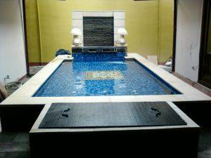 kolam renang minimalis kecil