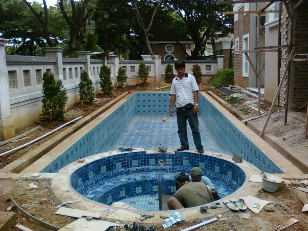 kolam renang kontraktor