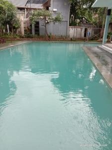 rawat kolam sendiri